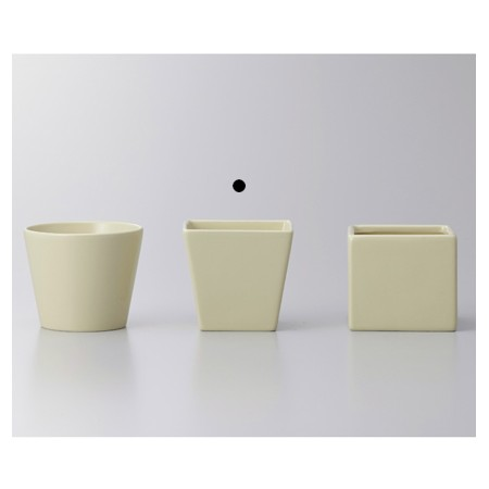 クレイ/COLOR VASE_SQUARE  BISCOTTI/144-773-120【01】